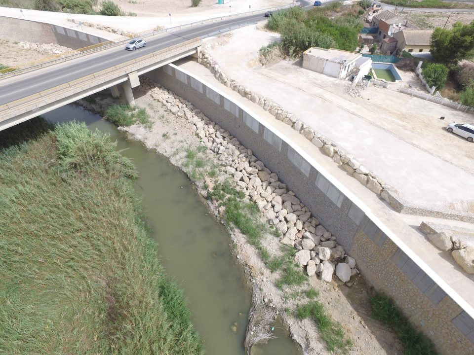 La CHS redactará el estudio de seguridad  del encauzamiento del Río Segura 6