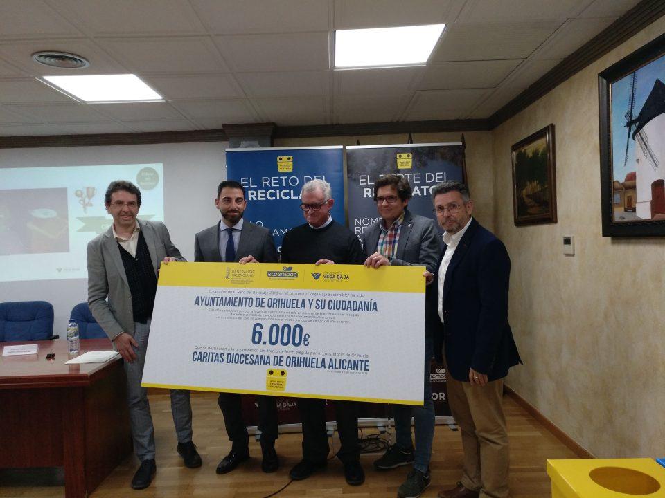 """Orihuela destinará el premio de 6.000 euros del """"Reto del reciclaje"""" a Cáritas 6"""