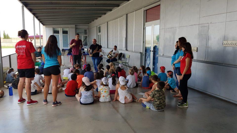 250 niños disfrutan de la Escuela de Verano de Pilar de la Horadada 6