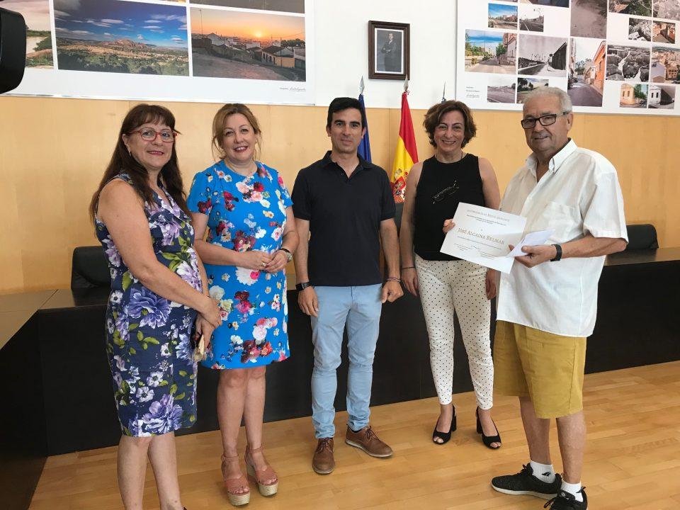 El Ayuntamiento de Bigastro entrega la recaudación de Bajo la Luna 6