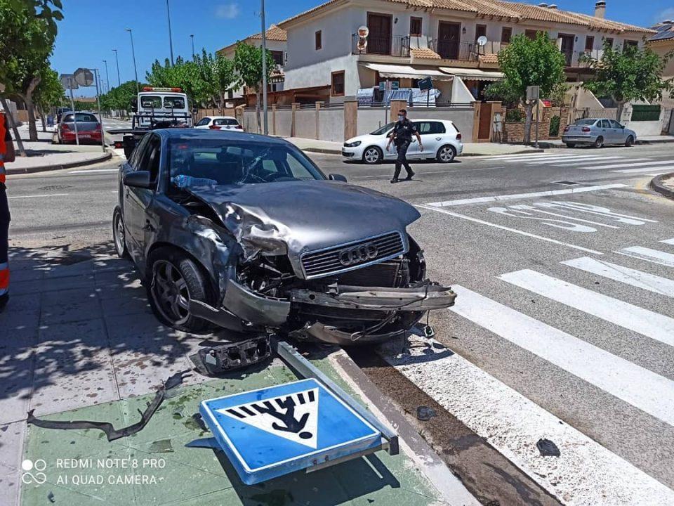Accidente aparatoso en Pilar de la Horadada 6
