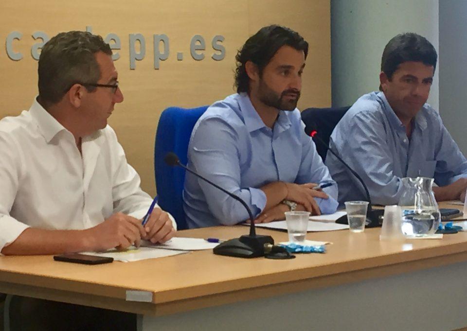 El primer edil de Pilar de la Horadada coordinará a los alcaldes del PP en Alicante 6