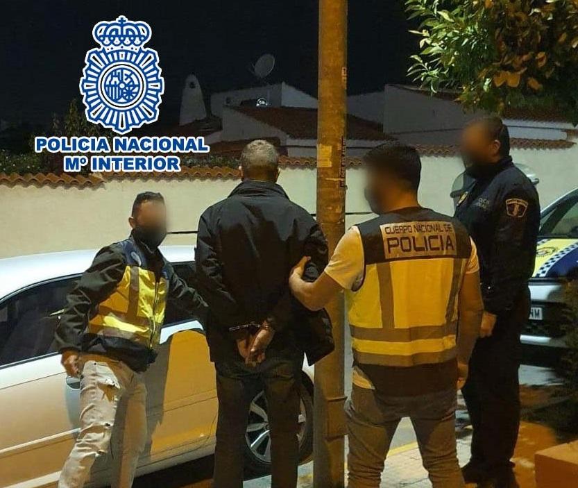 Detenido en San Fulgencio un fugitivo inglés por lesiones y amenazas de muerte a su expareja 6