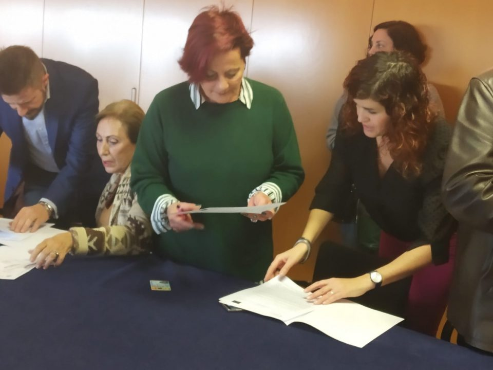 La Generalitat renueva la colaboración con ADIS 6