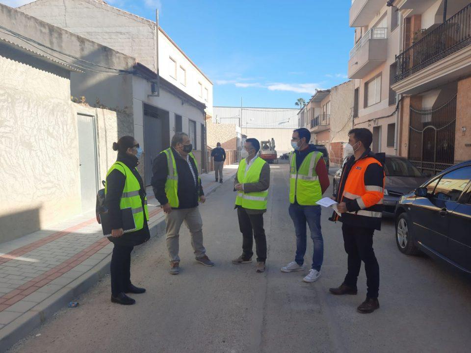 Rafal y Orihuela trabajan en un acuerdo para mejorar la calidad de vida en el barrio de Casas Baratas 6