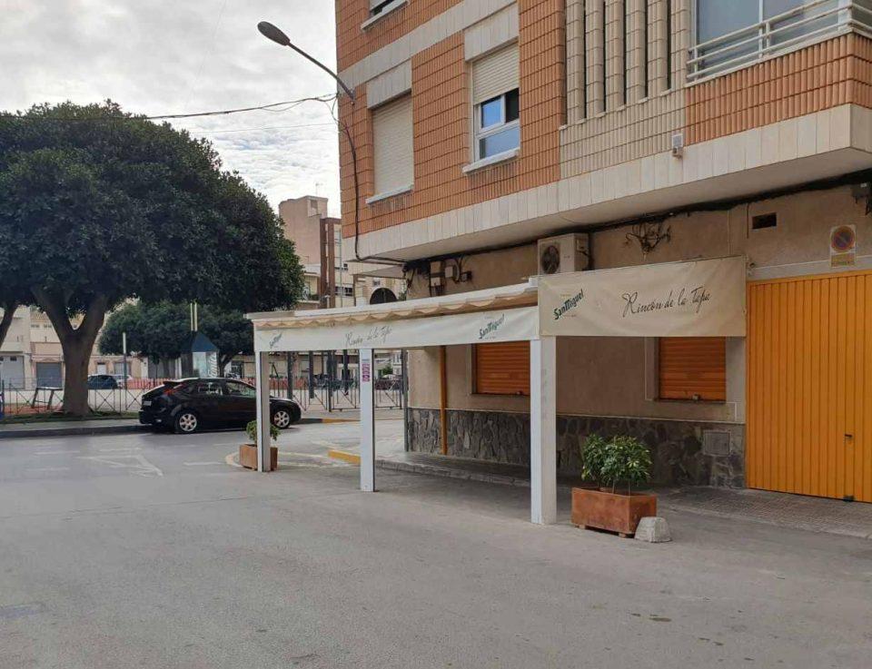 Los hosteleros de Redován no pagarán las tasas de terrazas en 2021 6