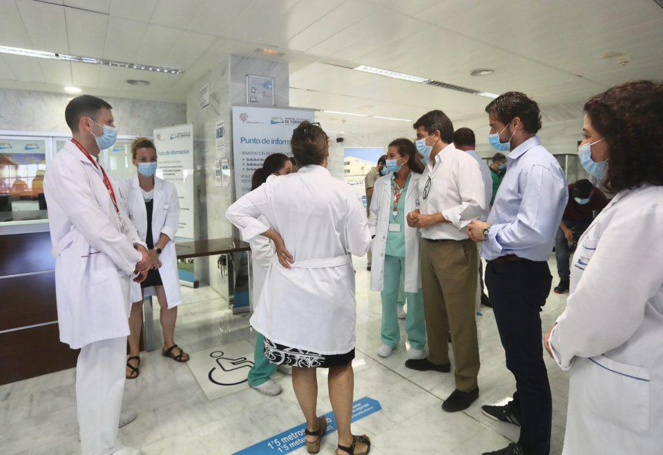 Mazón solicita una reunión a Puig para evitar la reversión del Hospital de Torrevieja 6