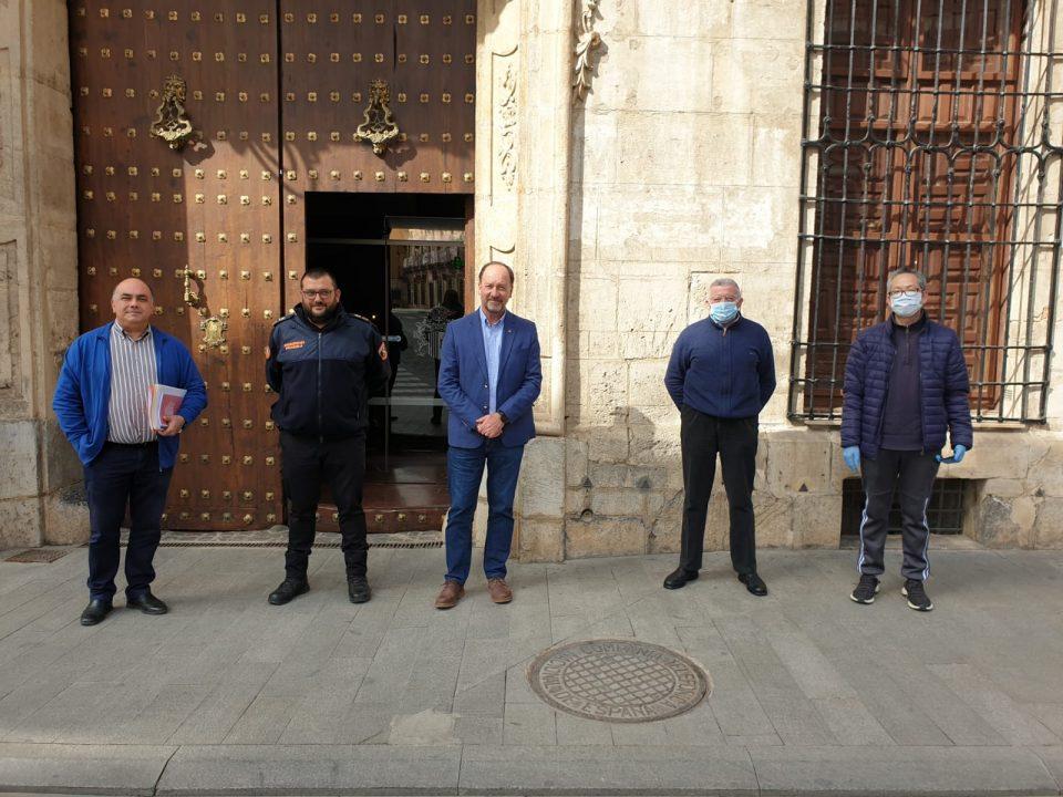 La comunidad china dona 1.500 mascarillas al Ayuntamiento de Orihuela 6
