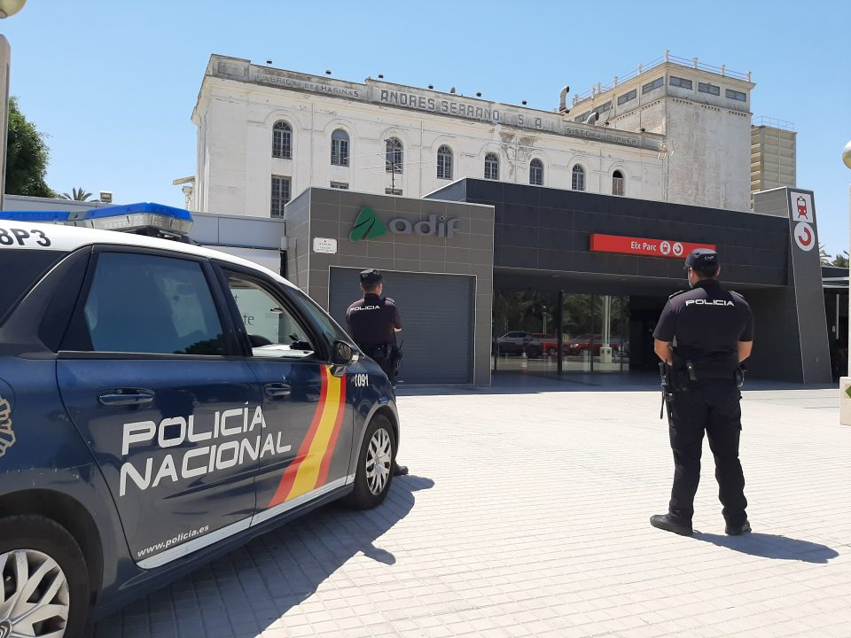 Cinco jóvenes de Callosa de Segura detenidos por desorden público en un tren de cercanías 6