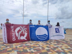 Orihuela vuelve a ser la segunda ciudad de España con más banderas azules en sus playas 7