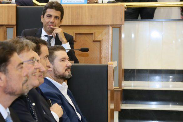 La Diputación comienza el mandato con siete representantes de la Vega Baja 60