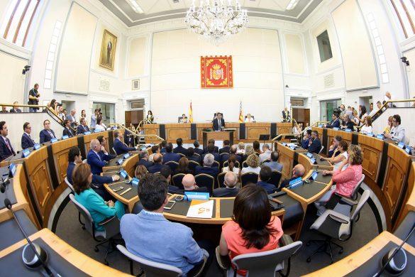 La Diputación comienza el mandato con siete representantes de la Vega Baja 51