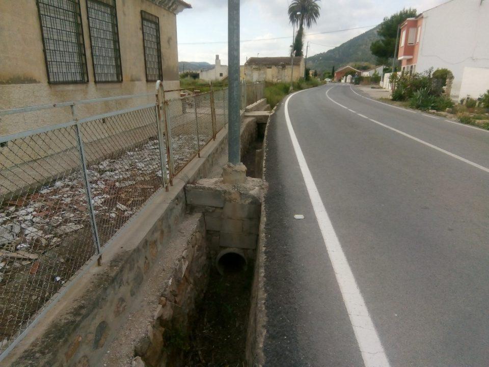 El PSOE reclama el arreglo de arcenes de la carretera de Hurchillo 6