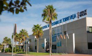 "Eva Baró: ""Ribera garantiza el 95% de empleo estable en el Hospital de Torrevieja frente a la incertidumbre de la reversión"" 7"