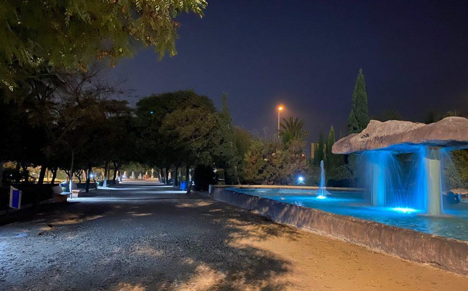 Finalizan los trabajos del alumbrado en el Parque de las Naciones de Torrevieja 6