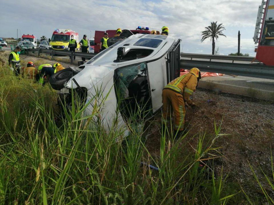 Un accidente múltiple en la AP-7 a la altura de Catral deja dos heridos 6