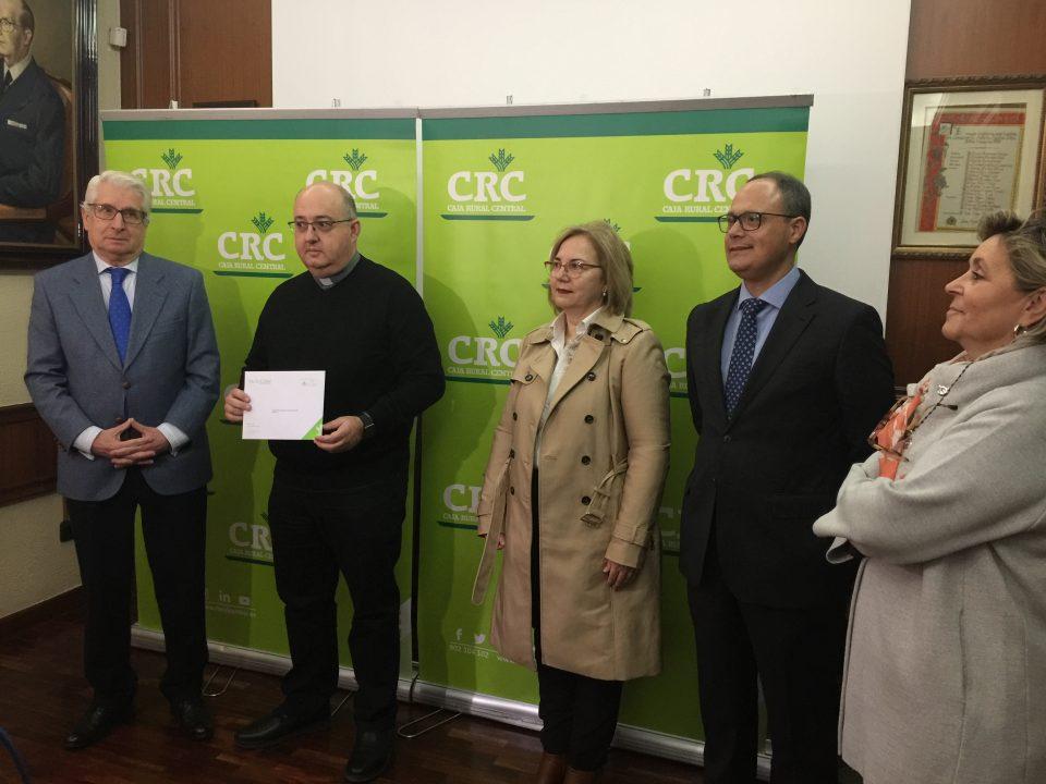 San José Obrero recibe 10.000 euros de Caja Rural Central 6