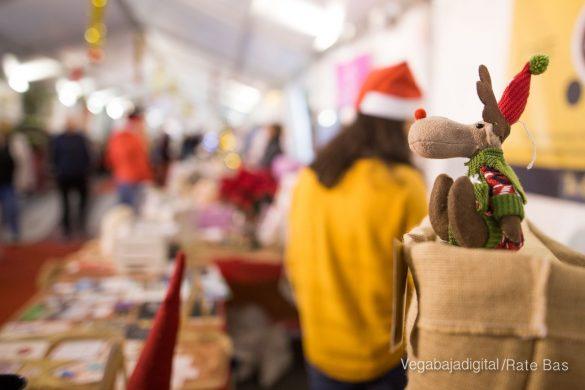 El deporte y la solidaria protagonizan la 9ª Feria de Navidad de Los Montesinos 10