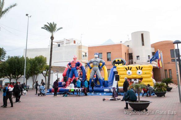 El deporte y la solidaria protagonizan la 9ª Feria de Navidad de Los Montesinos 24