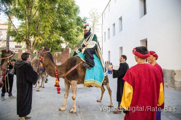 Los Reyes Magos se reencuentran con los niños de Orihuela 8