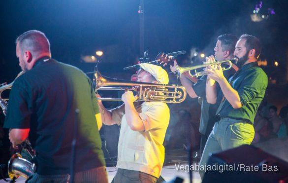 Imágenes del concierto The Troupers Swing Band en Orihuela Costa 69