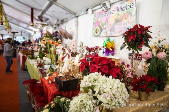 El deporte y la solidaria protagonizan la 9ª Feria de Navidad de Los Montesinos 35