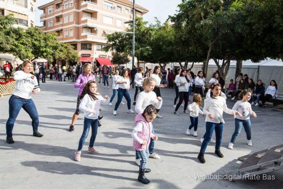 El deporte y la solidaria protagonizan la 9ª Feria de Navidad de Los Montesinos 37