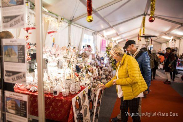 El deporte y la solidaria protagonizan la 9ª Feria de Navidad de Los Montesinos 36