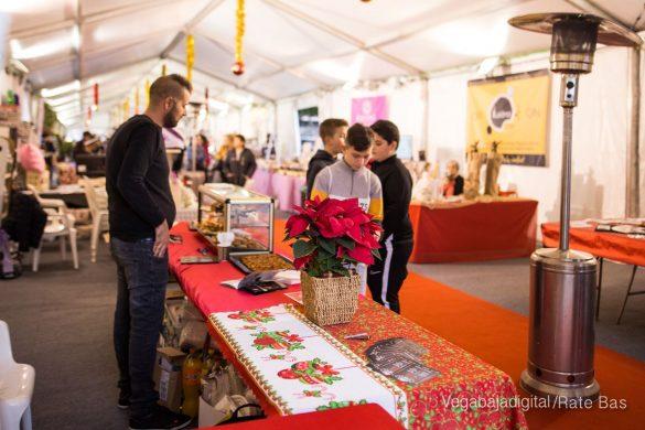 El deporte y la solidaria protagonizan la 9ª Feria de Navidad de Los Montesinos 38