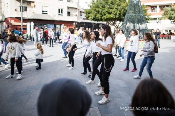 El deporte y la solidaria protagonizan la 9ª Feria de Navidad de Los Montesinos 47