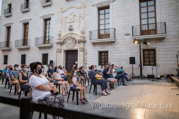 """La música refresca las """"nochecitas de Orihuela"""" 26"""