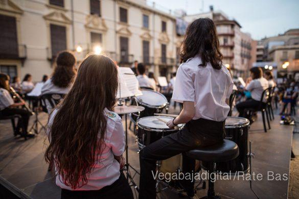 """La música refresca las """"nochecitas de Orihuela"""" 30"""