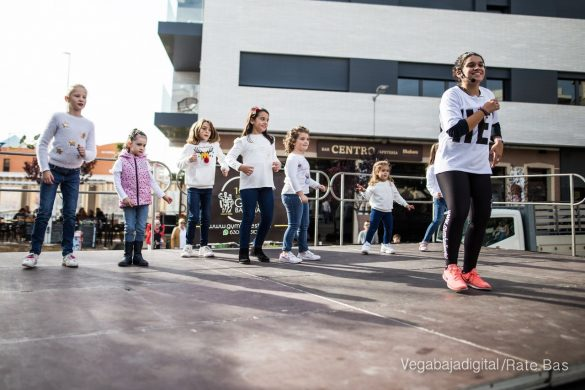El deporte y la solidaria protagonizan la 9ª Feria de Navidad de Los Montesinos 56