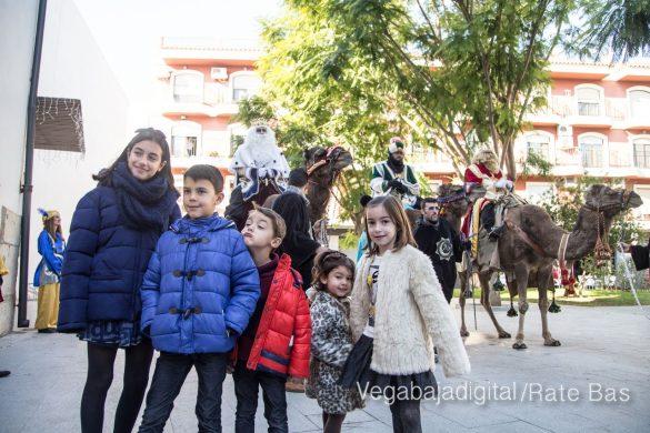 Los Reyes Magos se reencuentran con los niños de Orihuela 14