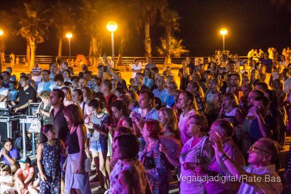 Imágenes del concierto The Troupers Swing Band en Orihuela Costa 52