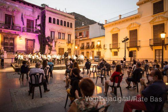 """La música refresca las """"nochecitas de Orihuela"""" 36"""