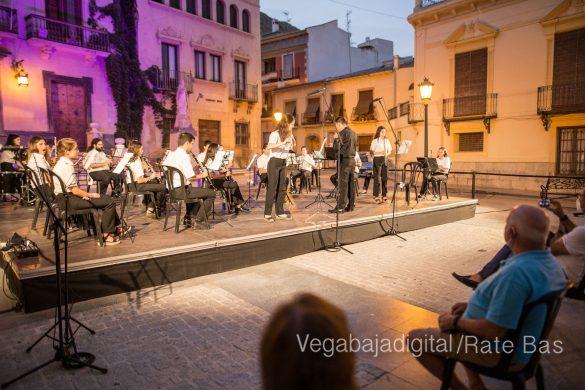 """La música refresca las """"nochecitas de Orihuela"""" 37"""