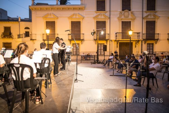 """La música refresca las """"nochecitas de Orihuela"""" 38"""