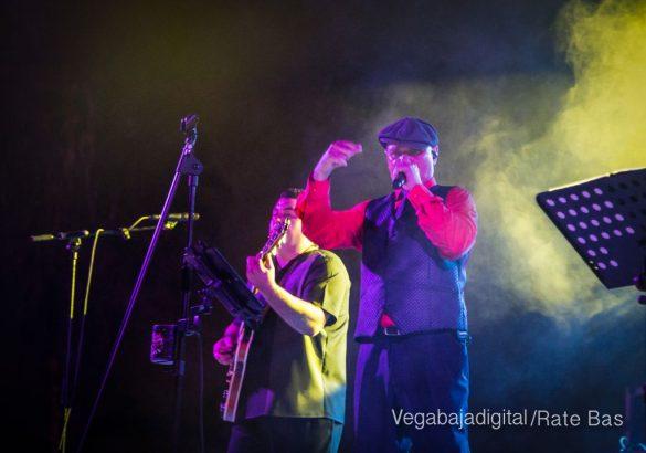 Imágenes del concierto The Troupers Swing Band en Orihuela Costa 39