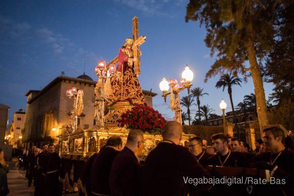 Nuestro Padre Jesús de Orihuela regresa a su camarín 40