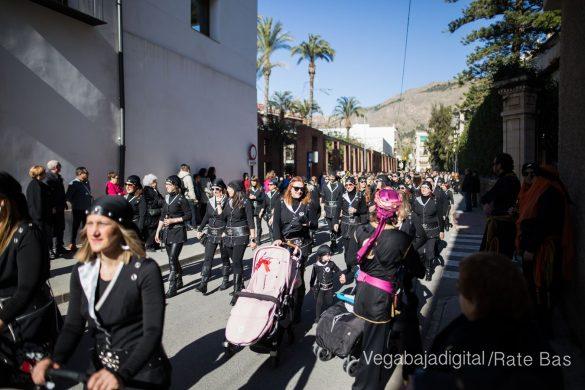 El desfile del adiós y de la bienvenida 121