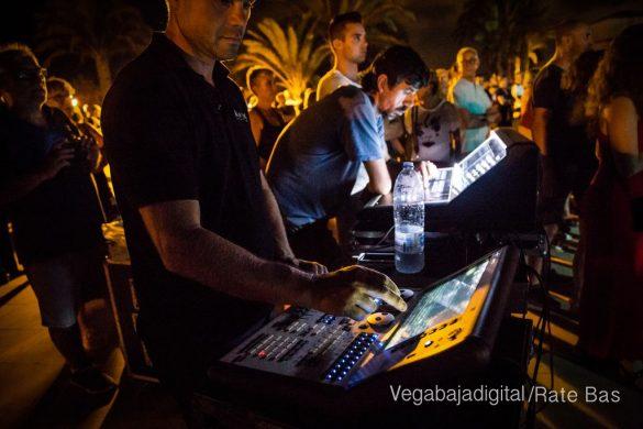 Imágenes del concierto The Troupers Swing Band en Orihuela Costa 32