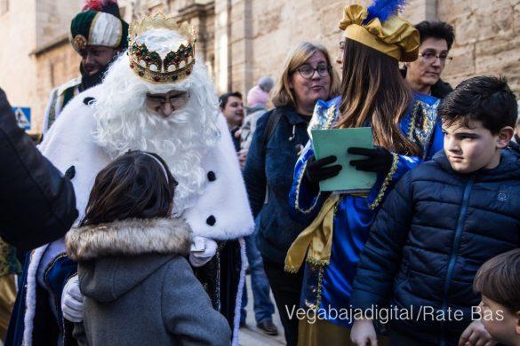 Los Reyes Magos se reencuentran con los niños de Orihuela 27