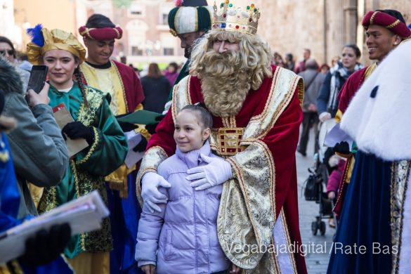 Los Reyes Magos se reencuentran con los niños de Orihuela 29