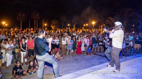 Imágenes del concierto The Troupers Swing Band en Orihuela Costa 18