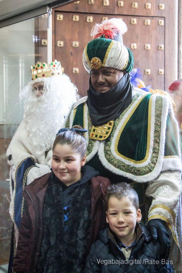 Los Reyes Magos se reencuentran con los niños de Orihuela 33