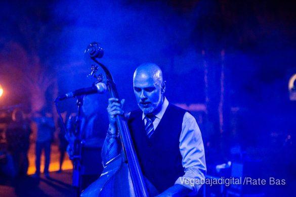 Imágenes del concierto The Troupers Swing Band en Orihuela Costa 16