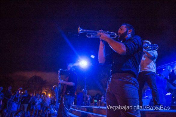Imágenes del concierto The Troupers Swing Band en Orihuela Costa 15