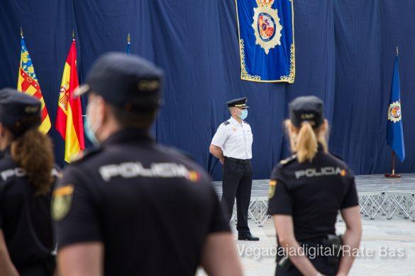 FOTOGALERÍA | Entrega de bastón de mando al Comisario de la Policía Nacional de Orihuela 10