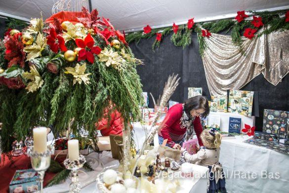 Redován recibe la Navidad con la mejor oferta comercial y degustación de embutidos 17